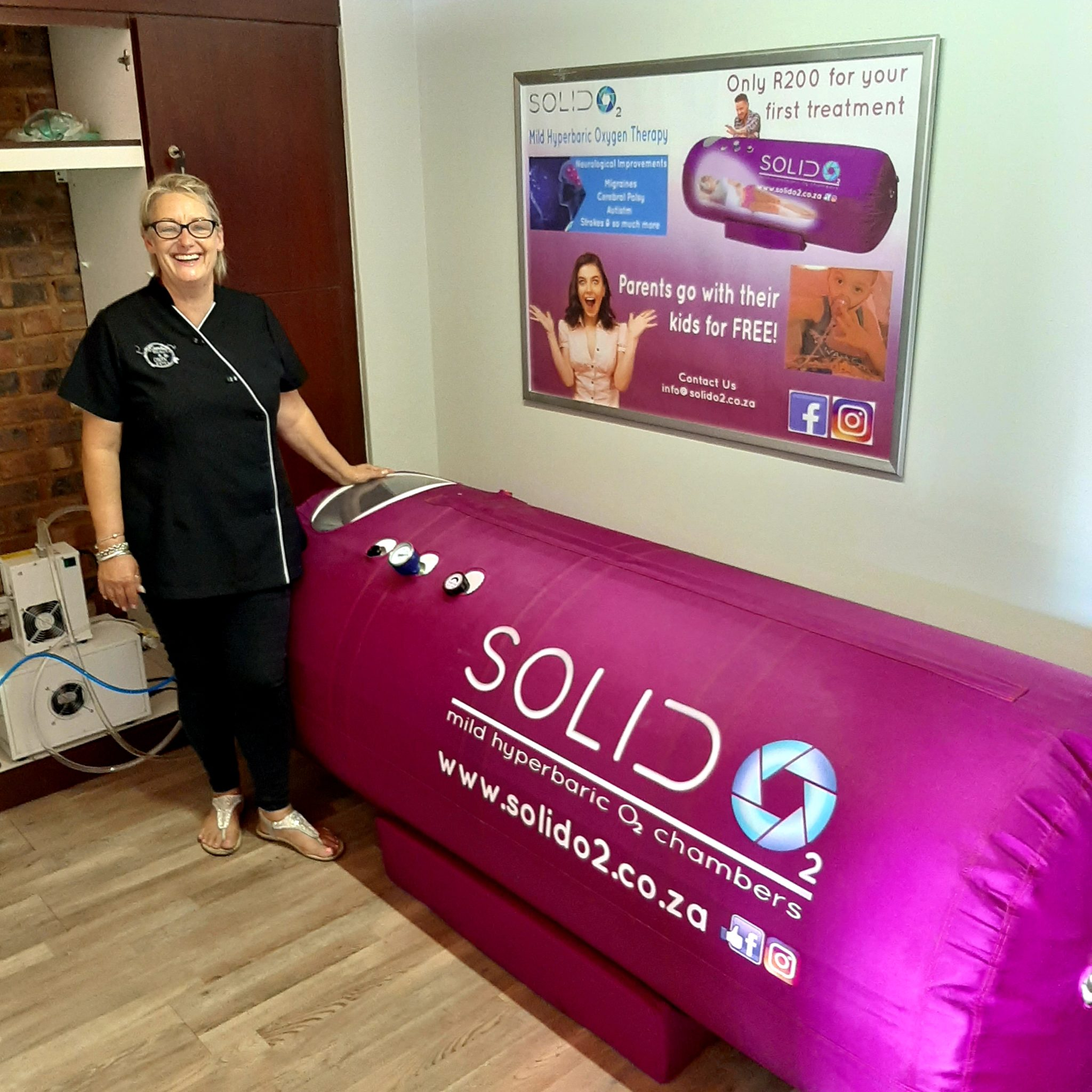 Solid O2 Oxygen Chamber at Essential Beauty Salon